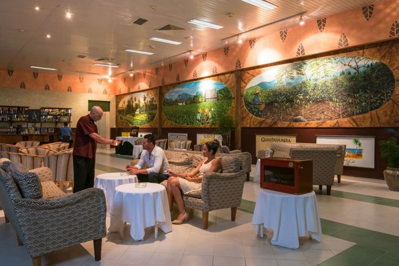 Playa Costa Verde Cigar Bar