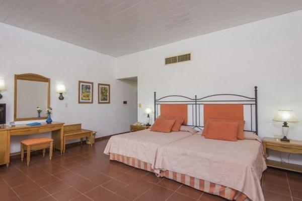Playa Costa Verde Family Room