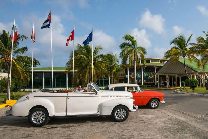 Playa Costa Verde Hotel Drive