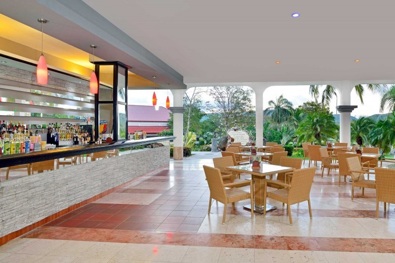 Sol Rio Luna Mares Lobby Bar