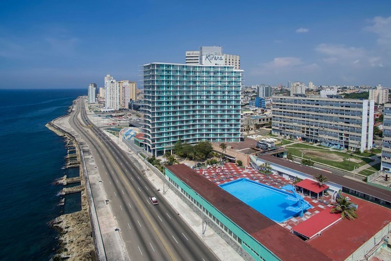 Habana Riviera by Iberostar external view of hotel and pool