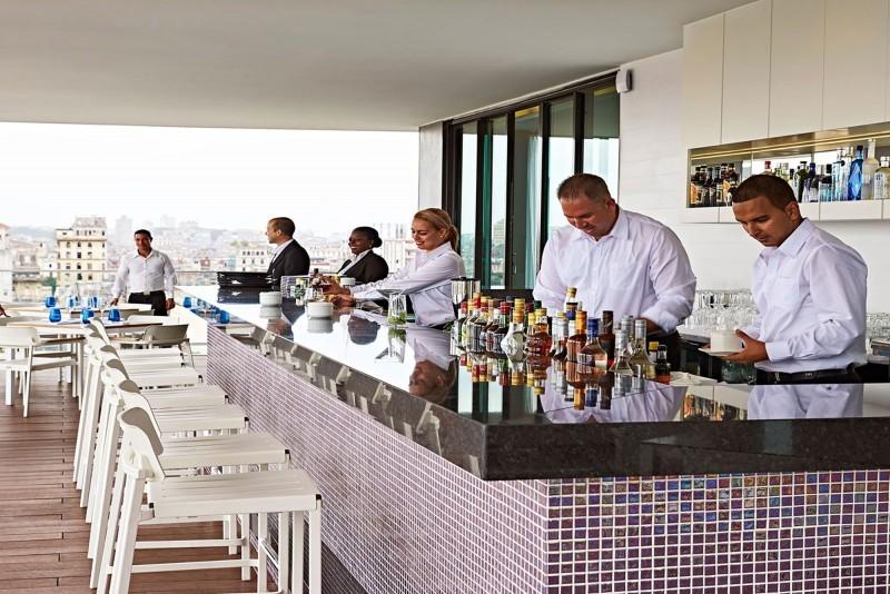 Kempinski Hotel Havana El Surtidor bar