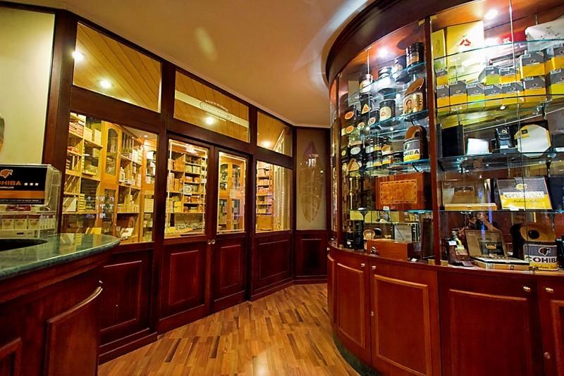 Melia Cohiba Havana Casa del Habano Cigar Bar
