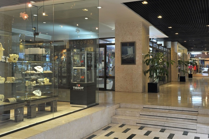 Melia Cohiba Shopping Area