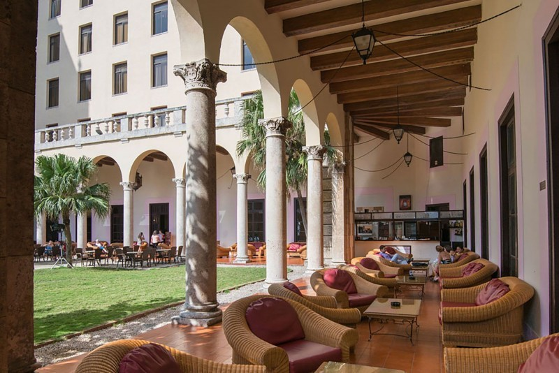 Hotel Nacional Havana Terrace Bar