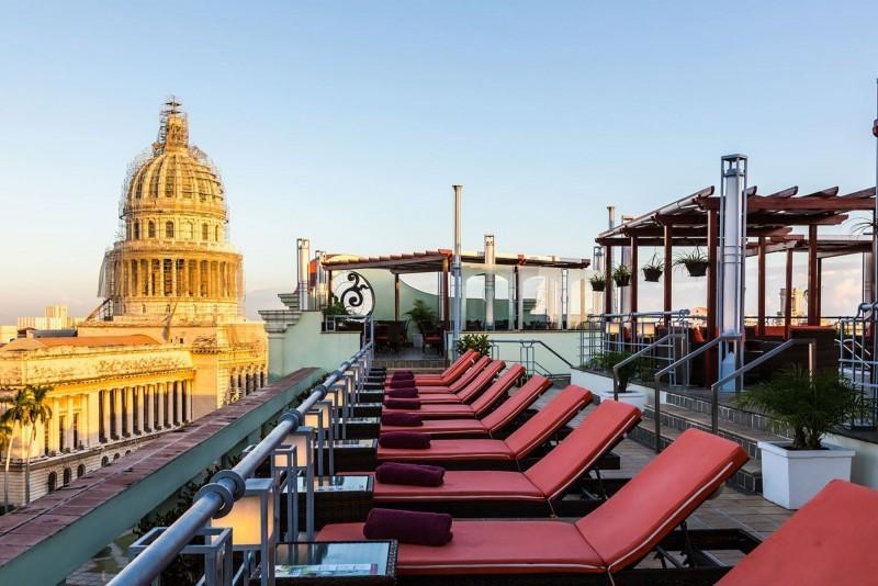 Saratoga Hotel Havana Rooftop Sun Loungers