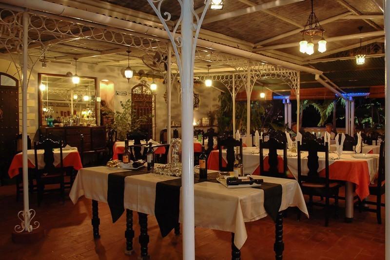 Autentica Pergola Santa Clara Restaurant