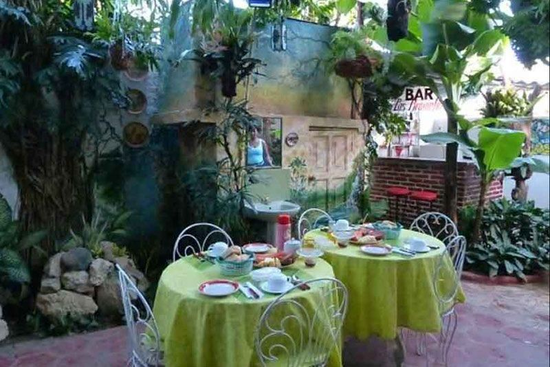 Hostal Jardin Santiago de Cuba Garden Breakfast