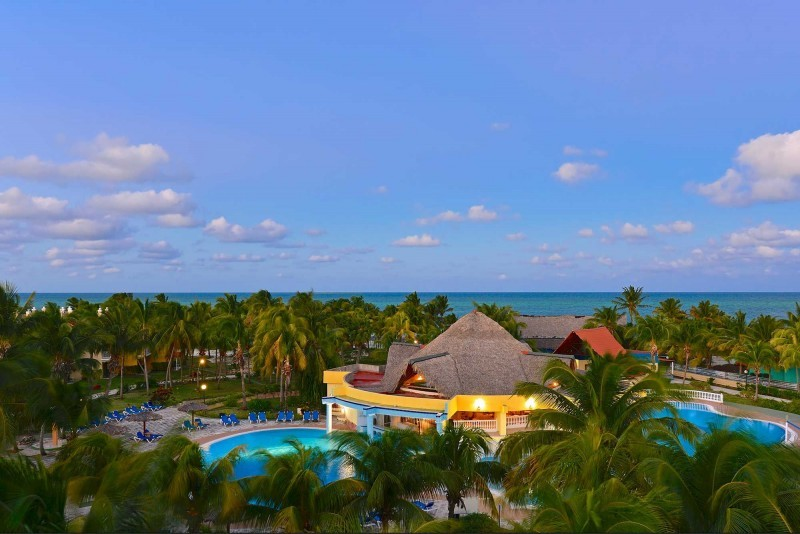 Iberostar Daquiri Cayo Coco & Cayo Guillermo Evening Aerial View of Pool