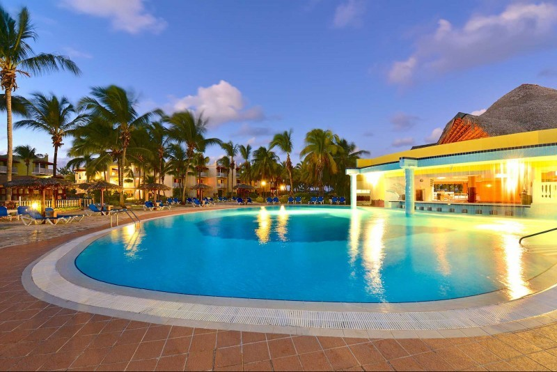 Iberostar Daquiri Cayo Coco & Cayo Guillermo Evening View of Pool