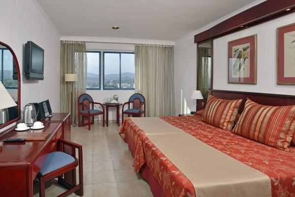 Melia Santiago, Santiago de Cuba Classic Room Bedroom