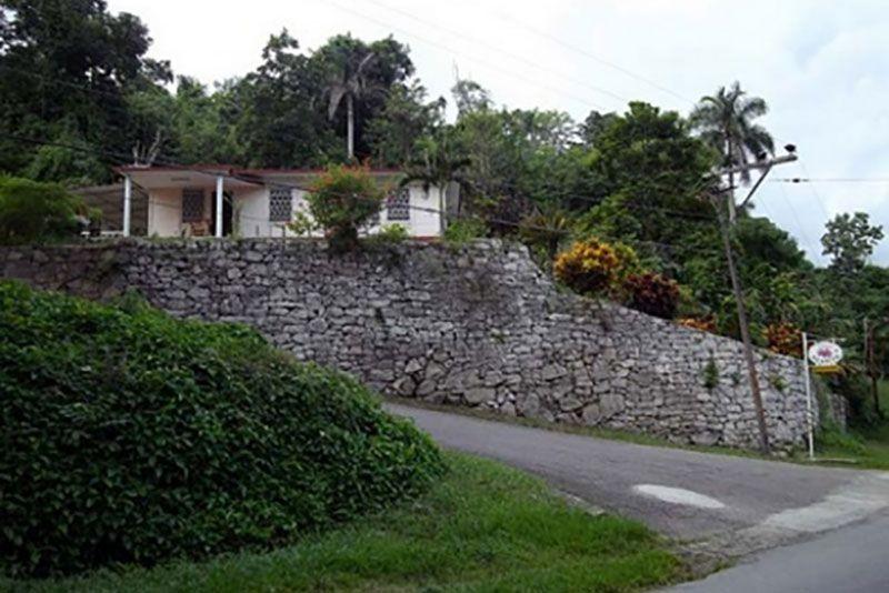 Hospedaje Don Agapito Road Side View