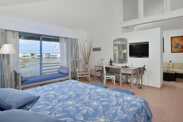 Melia Cayo Coco Grand Suite Lagoon View Living Bedroom