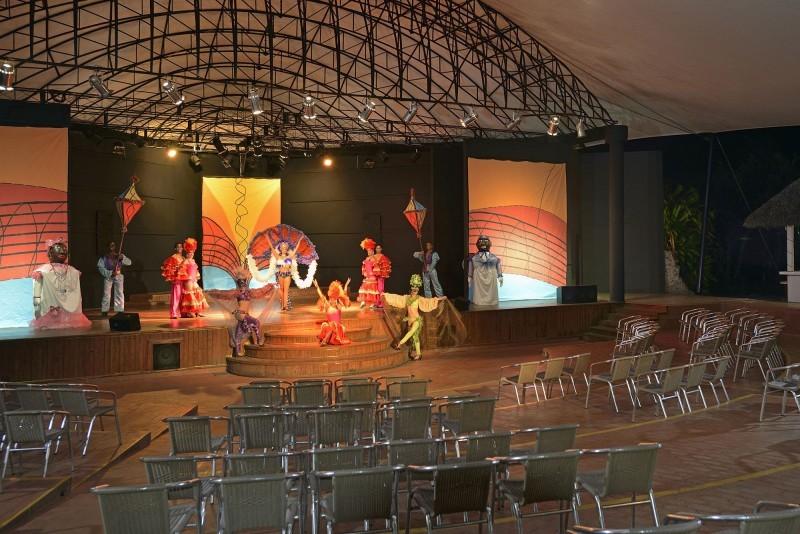 Melia Cayo Coco Theatre Bar