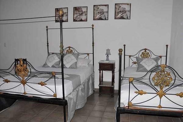 Casa Real 54 Trinidad Cuba Bedroom