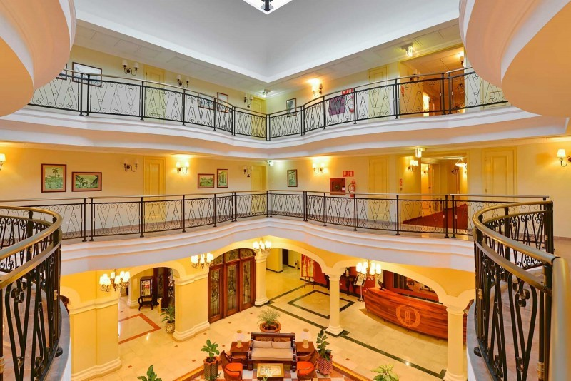 Grand Hotel Trinidad Hotel Balcony