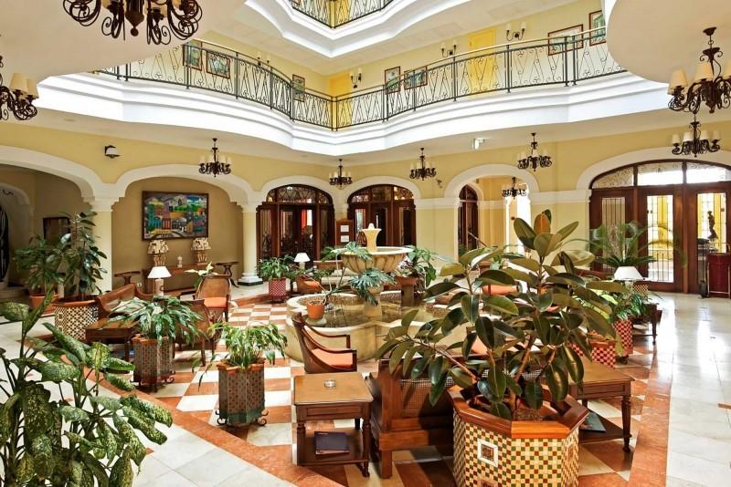 Grand Hotel Trinidad Hotel Lobby and Balcony