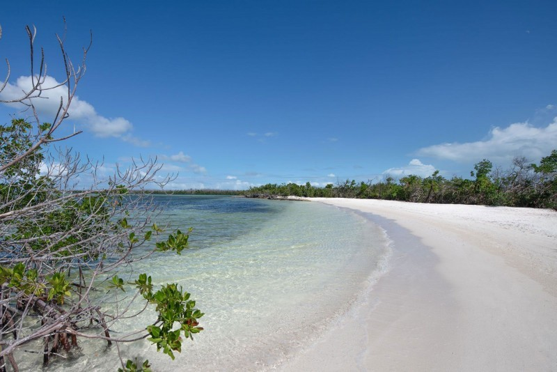 Angsana Hotel Beach