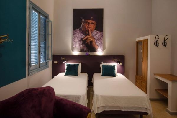 Arte Hotel Calle 2 Music Themed Bedroom