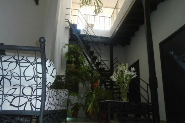 Casa Buenos Aires Havana internal view of hotel entrance