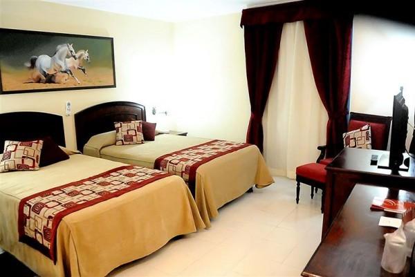 Hotel Caballeriza Bedroom