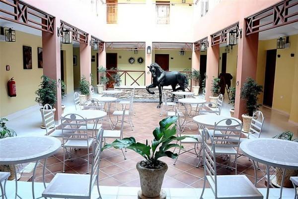 Hotel Caballeriza Outside Restaurant