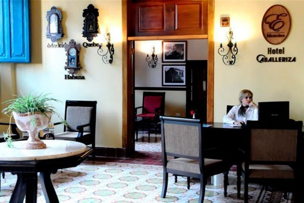Hotel Caballeriza Reception