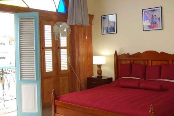 Casa Suite Plaza Vieja Havana double bedroom