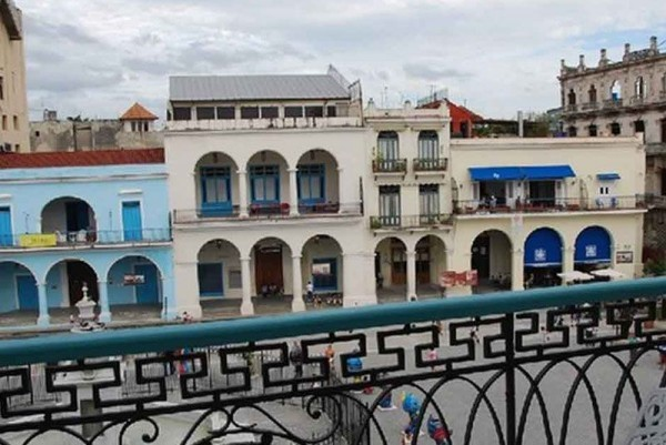 Casa Suite Plaza Vieja Havana view from balcony