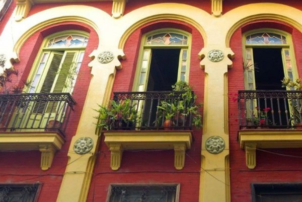 Casa Vitrales Havana outside view