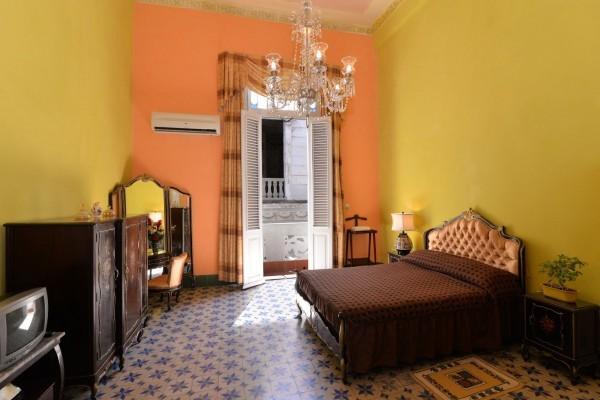 Chez Nous Havana Bedroom 2
