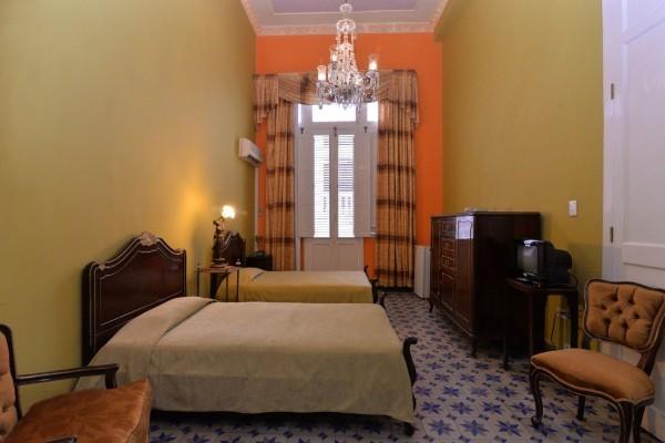 Chez Nous Havana Twin Bedroom