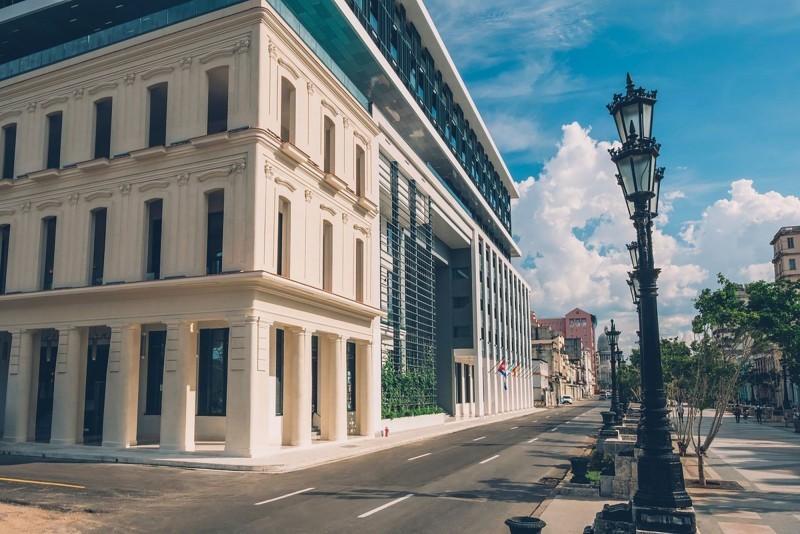 Grand Packard Havana external view of hotel