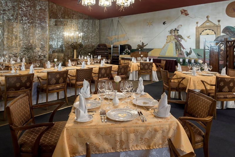 Hotel Riviera Havana restaurant
