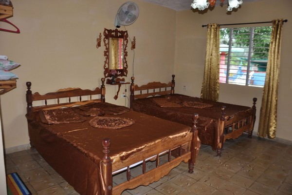 Leyanis y Jesus Bedroom