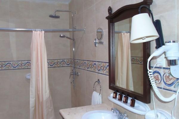 Mascotte Bathroom