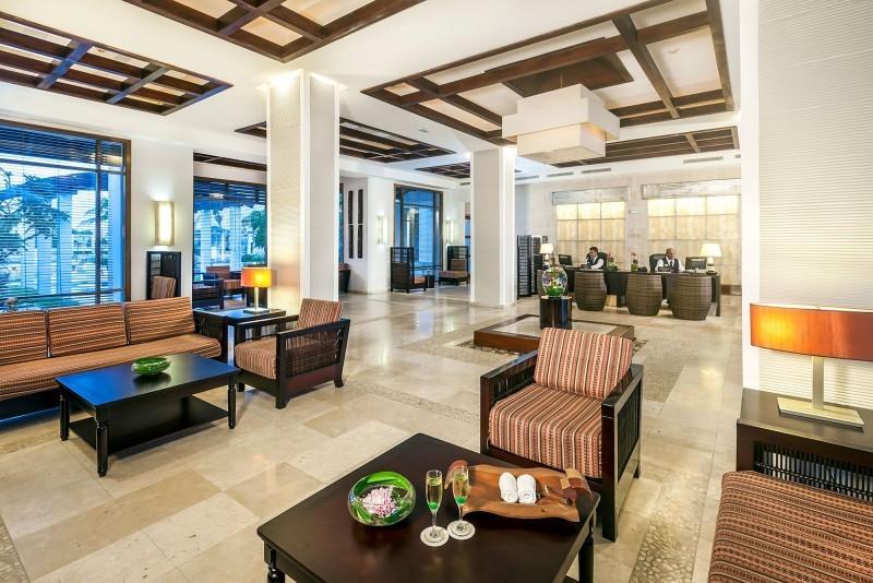 Melia Buena Vista Hotel Lobby
