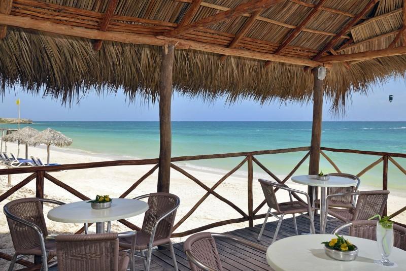 Melia Cayo Coco Beach Bar
