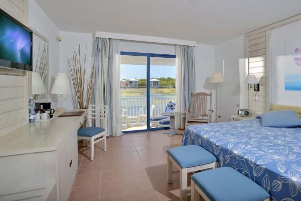 Melia Cayo Coco Grand Premium Room Bedroom