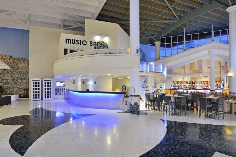 Melia Cayo Coco Hotel Lobby Daytime