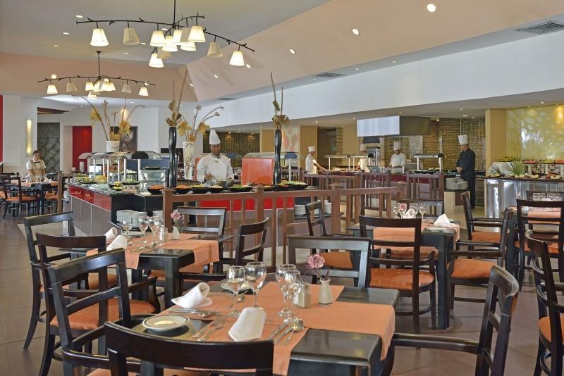 Melia Cayo Coco Main Buffet Restaurant
