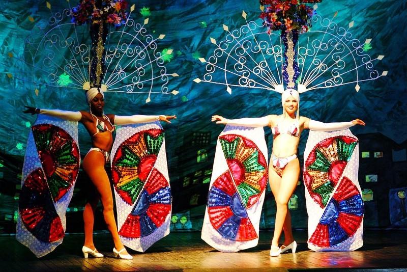 Melia Internacional Hotel Cabaret Entertainment