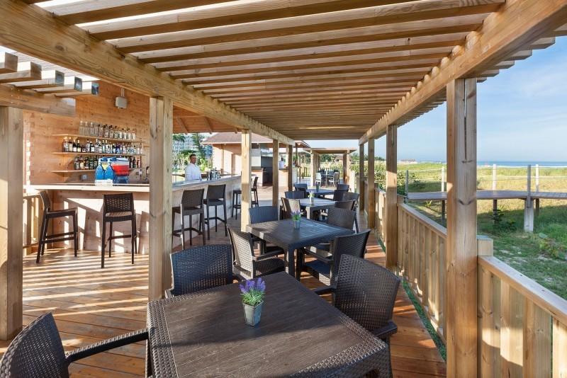 Melia Internacional Hotel Sunset Beach Bar