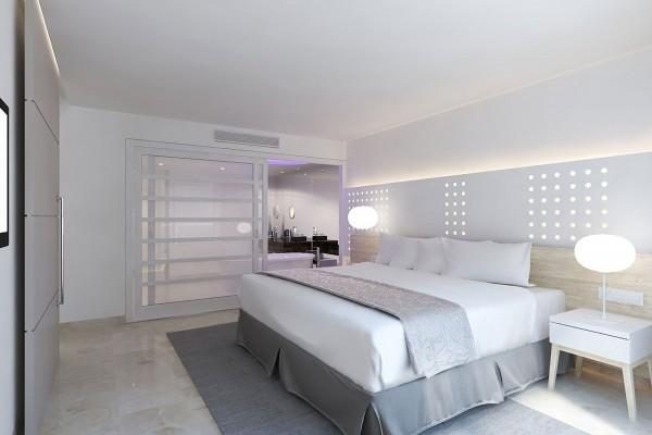 Melia Internacional Hotel The Level Grand Suite Bedroom with Sea Views