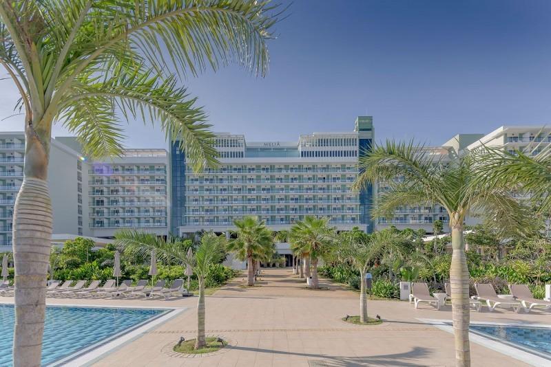 Melia Internacional Hotel View Of Hotel From Pool