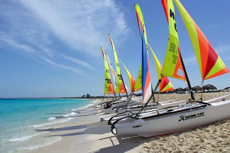 Melia Las Americas Sailing