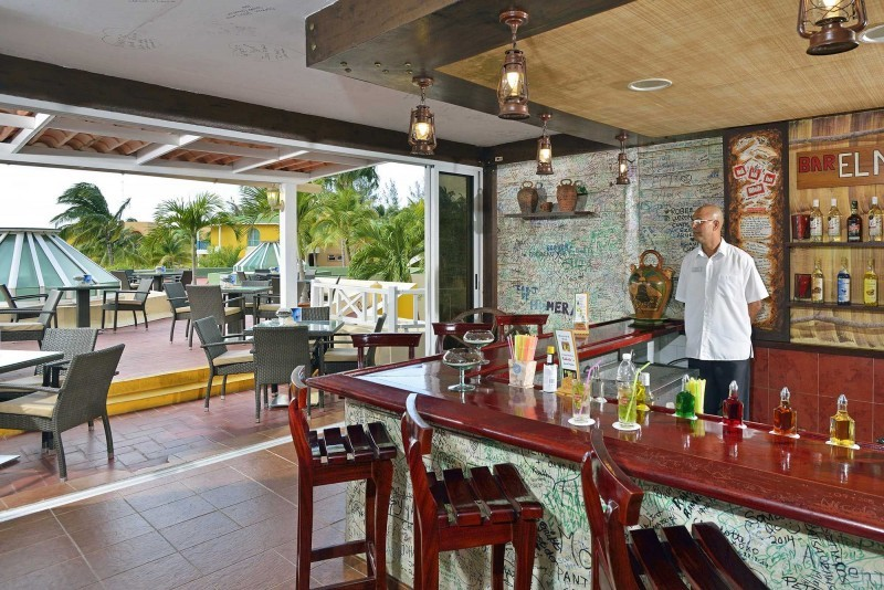 Melia Las Antillas Lobby Bar