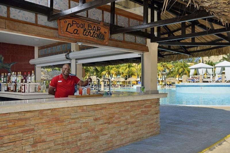 Melia Las Antillas Pool Bar