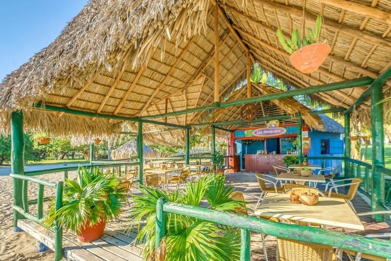 Memories Hotel Trinidad Beach Bar