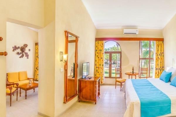 Memories Hotel Trinidad Junior Suite